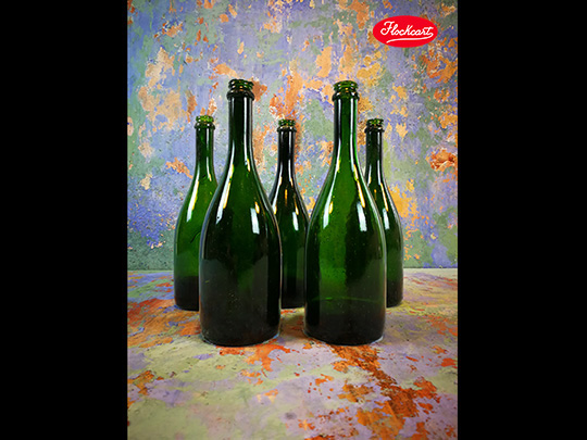 Bottiglie da Champagne in Crash Glass da Stuntman, colori disponibili: Verde